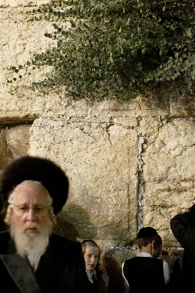 Havdala Ceremony, Jews in Sabbath. Western Wall in Jerusalem